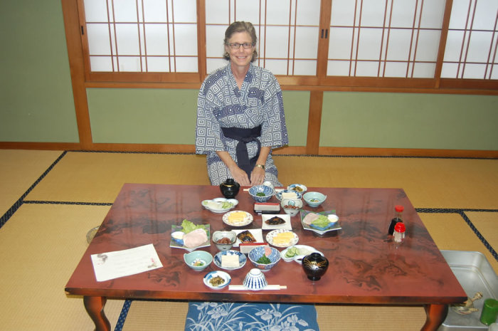 ryokan_traditional_breakfast