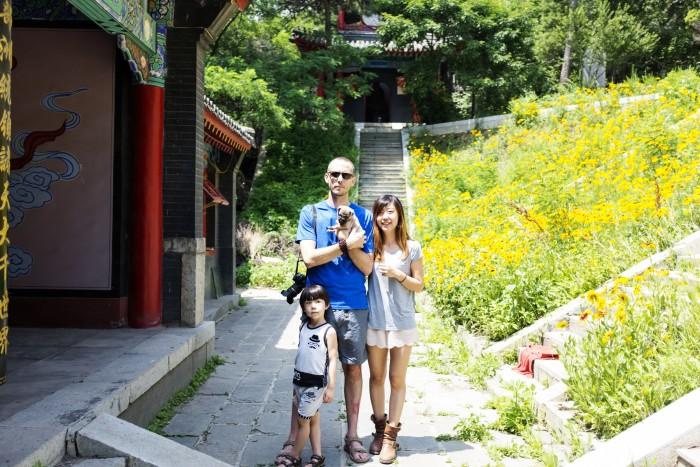 Drew (32), Ma Li (33), Huilin (4), Spider (3 weeks)... life is good!